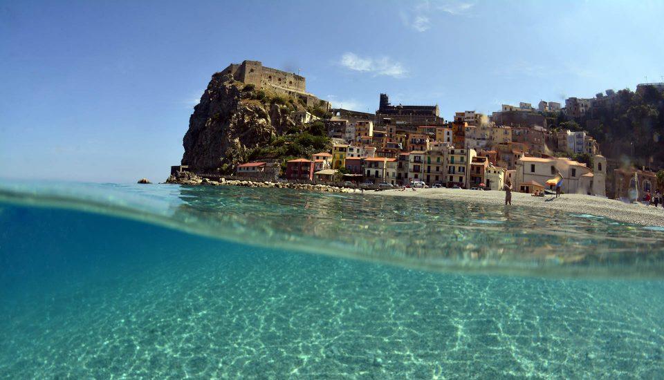 Cabin Charter Eolie - Scilla - Underwater - Vacanza in Barca a Vela - Viaggio in Barca a Vela - Calabria - Sicilia